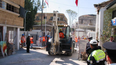 2nd April 2008. The barrier being removed